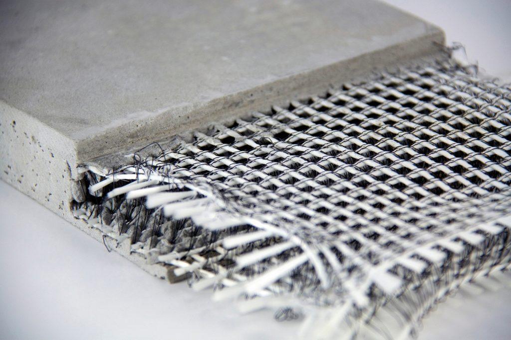 Concrete reinforced with fibre